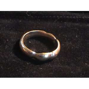 18kt Gold Love Knot Ring