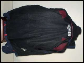 Very nice NHL Columbus Blue Jackets CCM nylon jacket. The jacket is