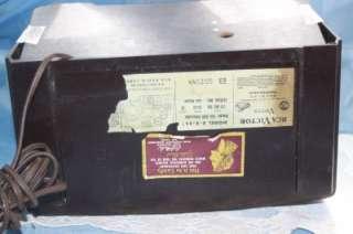 1949 RCA Victor 8 X 541 Bakelite TUBE RADIO WORKS