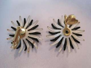 Vintage Black and White Enamel Flower Brooch Earrings Demi Set