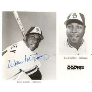 Autographed Willie McCovey Picture   San Diego Padres8x10