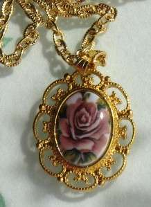 VINTAGE ROSE GOLDTONE Gold PLATED NECKLACE PENDANT