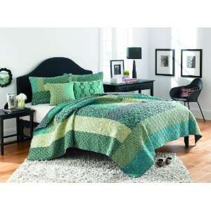 Steve Madden Reba Quilt, Twin, Green Home & Kitchen