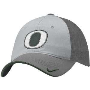 Nike Oregon Ducks Grey Mesh Relaxed Swoosh Flex Fit Hat