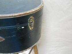 Vinyl Hard Shell Hat Box Luggage 18x14x8 Clean but some wear