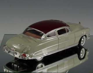Die cast Promotions DCP car 1952 Hudson Twin H Power Gray Maroon 118