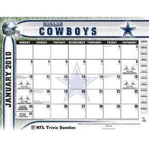 Turner Dallas Cowboys 2010 22 x 17 Inch Desk Calendar   Dallas