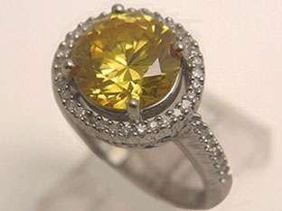 14k WHITE GOLD ORANGE YELLOW STONE & DIAMOND RING