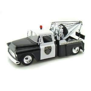 1955 Chevy Stepside Tow Truck Polce 1/24 Toys & Games