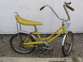 1970 Schwinn Sting Ray Fastback yellow bike Girls krate banana bicycle