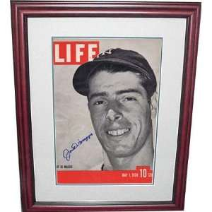 Autographed Joe DiMaggio PSA/DNA Signed Framed Life Mag