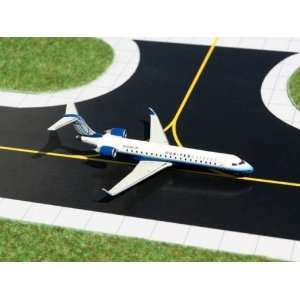 Gemini Jets United Express CRJ 700 Model Airplane