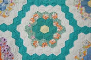 CLASSIC 30s Hand Stitched Flower Garden Antique Quilt
