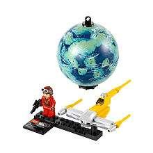 LEGO Star Wars Naboo Starfighter & Naboo (9674)   LEGO