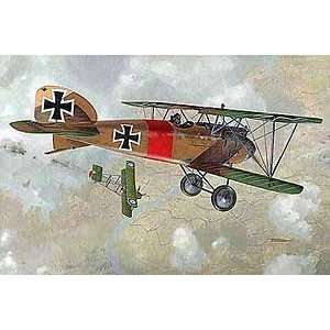 III WWI German BiPlane Fighter (Plastic Models) Toys & Games