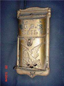 antique,ORIGINAL CAST IRON WALL MOUNT U.S. MAIL BOX AMERICAN EAGLE
