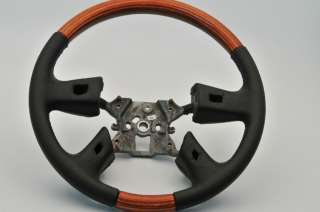 OEM Chevy GMC Leather   Wood grain Steering Wheel 16821881