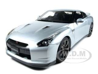 2009 NISSAN GT R (R35) PREMIUM ED SILVER 1:12 DIECAST CAR MODEL BY