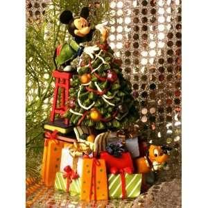 Disney Mickey Mouse & Pluto Christmas Tree