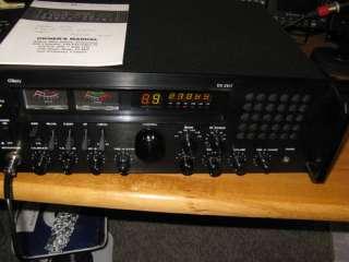 2517 DELUXE SSB/AM, CB BASE STATION RADIO / NEEDS REPAIR !