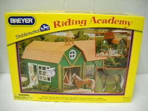 BREYER SABLEMAES RIDING ACADEMY #59202 132 SCALE NEW |